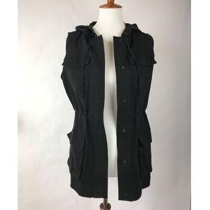 MATTY M small black utility cargo vest!